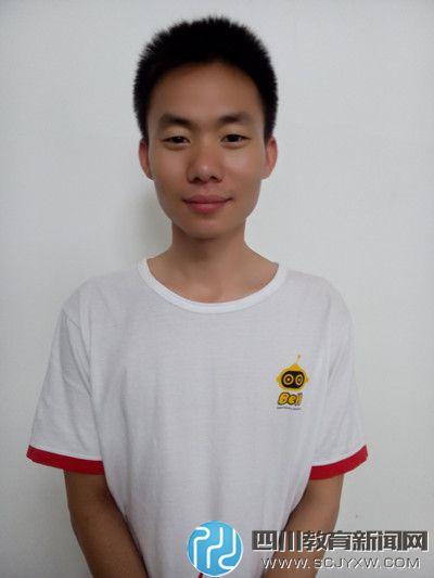 贝尔机器人 李宇