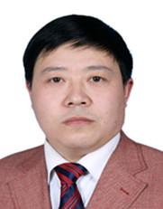 绵阳一中校长贾清仁