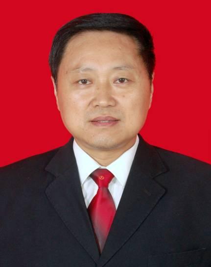 化成镇中心校杨照义