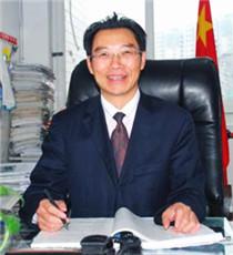 简阳中学副校长 李成忠