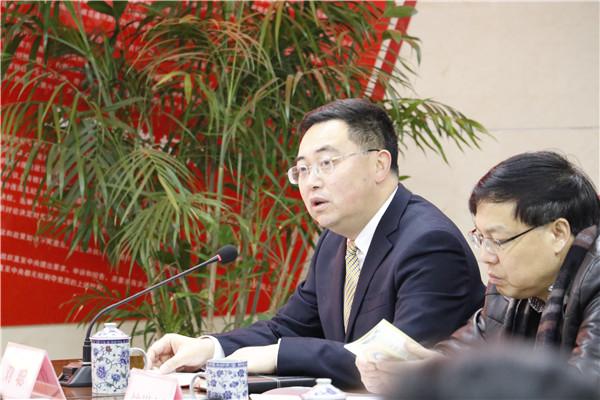 彭州中学实验学校与北京大学心理与认知科学学院签约合作