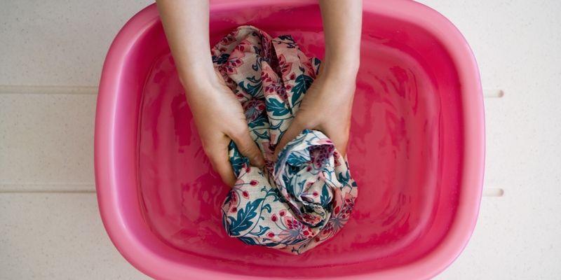 有趣的寒假作业:让学生为家人洗衣服