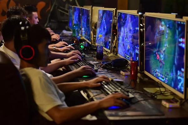青少年游戏成瘾众生相:12岁小孩身体还不如老人