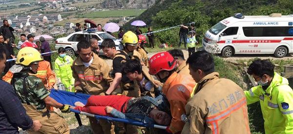 温岭农用车侧翻事故已致12死11伤