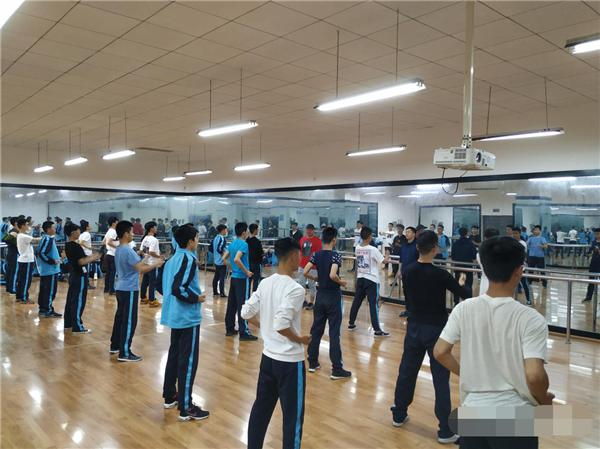 都江堰市职业中学武术队获市级比赛二等奖