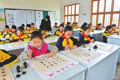 一大二高三增强 数读四川教育事业70年巨变