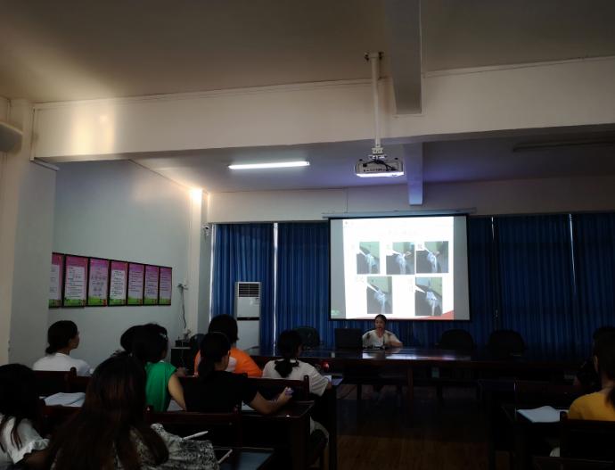 岳池县第一幼儿园开展安全救护知识培训