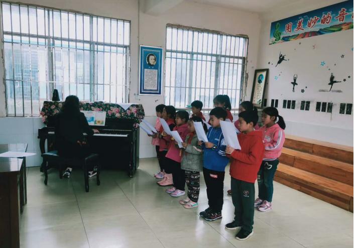 宣汉县南坪学校:缤纷社团满园开 各展其能显风采