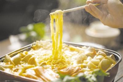 垃圾食品、不易消化、油脂有害…… 方便面这锅不背!