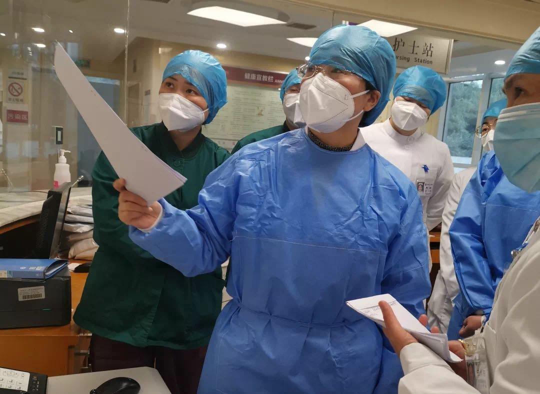 市二医院简医MDT新冠肺炎医疗救治团队护理组:我们必须坚守!