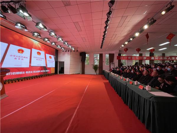 温江区民法典进校园系列活动启动仪式在光华实中举行