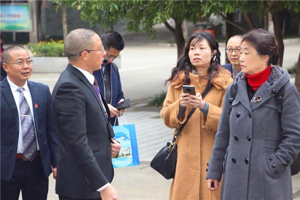 坚决打赢示范建设收官战!四川省商贸学校迎接省示范校中期验收指导