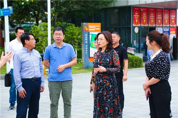 绵阳市副市长蒋丽英视导绵阳富乐国际学校中考考务组织工作