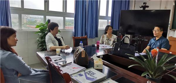 龙泉驿区教育科学院督导洪安中学强校工程推进情况