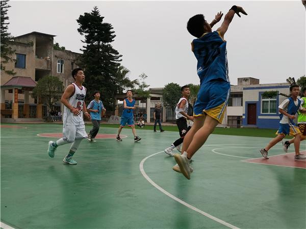 学业与篮球并进,知识与运动共舞――复兴中学篮球比赛落下帷幕